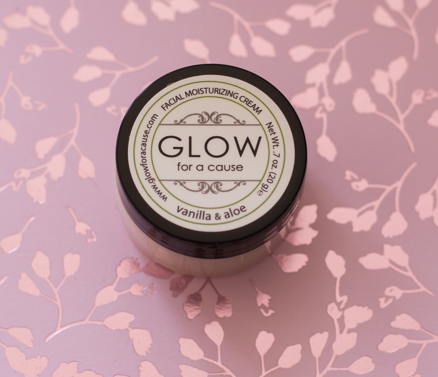 Glow for a cause Facial Moisturizing Cream - StyleTone juni 2018