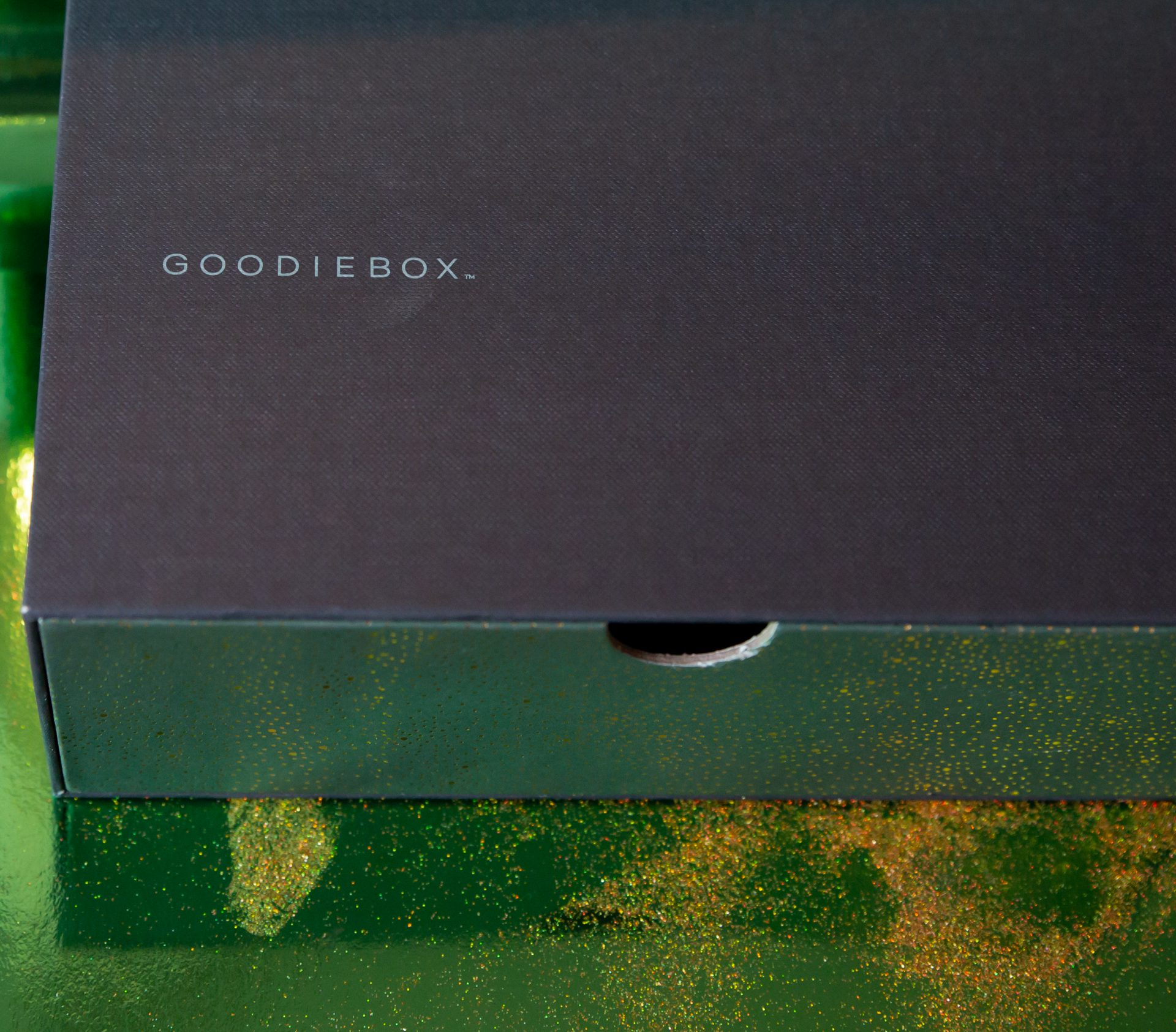 Unboxing Goodiebox december