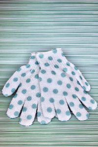Dirty Works Exfoliating gloves bb maart april 2020
