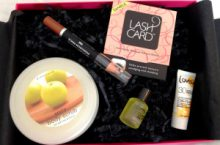 Unboxing Truly Yours Box juli 2013